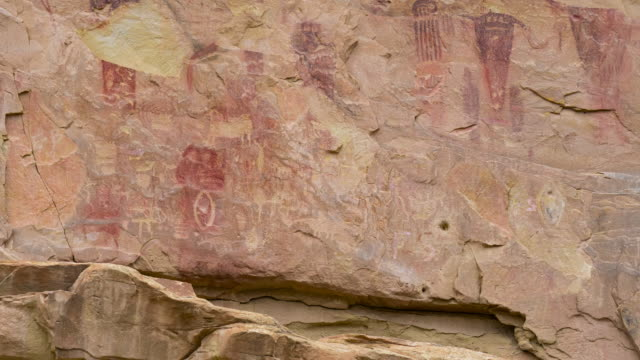 detail of fremont's petroglyphs at sego canyon, thompson springs, grand county. state of utah in the united states of america - engraved image stock videos & royalty-free footage