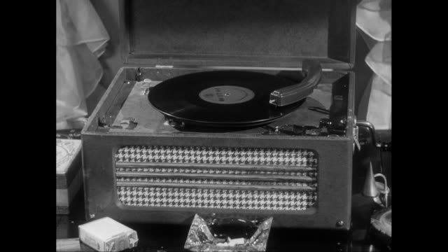 CU Detail of record player / United States