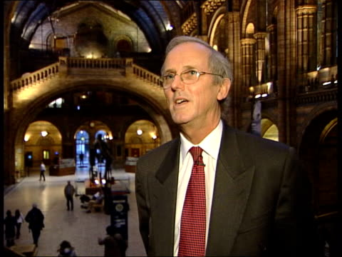 stockvideo's en b-roll-footage met detail of report 'human remains in english museum collections' sir neil chambers interviewed sot - parliament has given the responsibility to the... - repatriëring