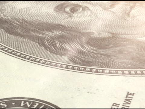 詳細: 100 ドル紙幣 - ベンジャミン・フランクリン点の映像素材/bロール