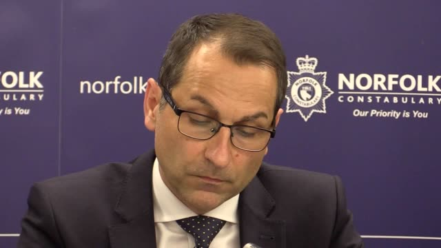 detective superintendent andy smith and chief superintendent mike fawcett speak at a press conference about the investigation into the death of peter... - peter norfolk stock videos and b-roll footage
