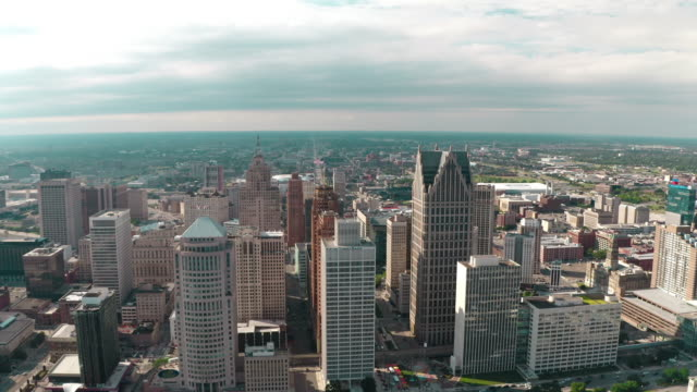detroit downtown aerial - detroit michigan stock videos & royalty-free footage
