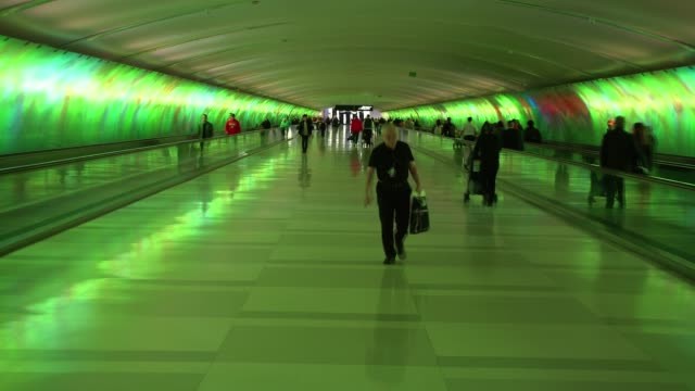 detroit metropolitan wayne county airport terminal - urgency stock videos & royalty-free footage