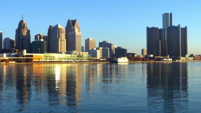 detroit, michigan - detroit river stock-videos und b-roll-filmmaterial