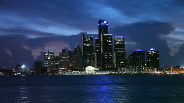 stockvideo's en b-roll-footage met detroit - detroit michigan