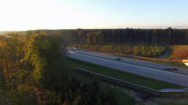 Deutsche Autobahn Drohnenaufnahme