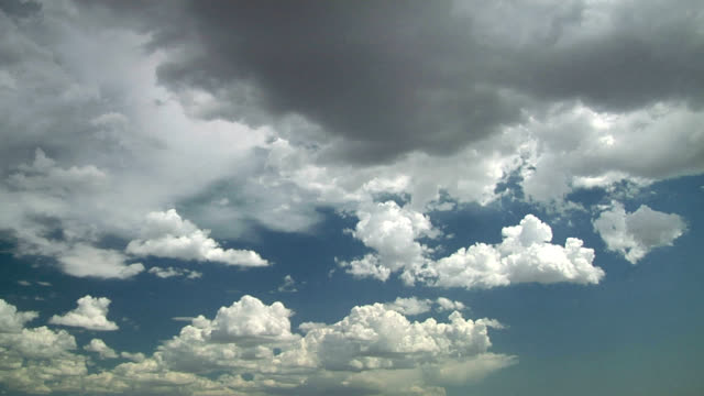 developing cumulus clouds, timelapse - sky only stock videos & royalty-free footage