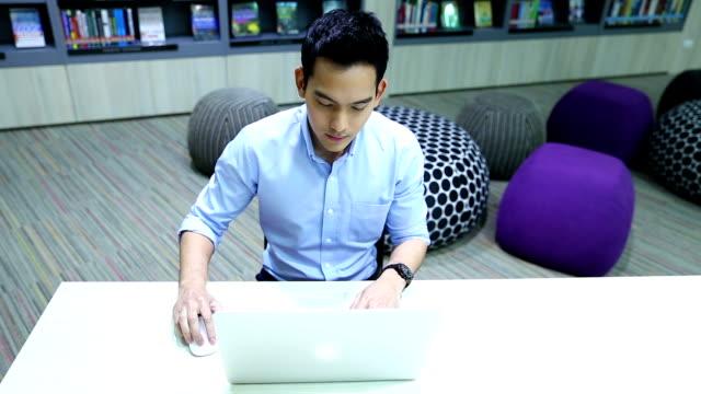 vidéos et rushes de appareils pour les voyageurs d'affaires - bring your own device