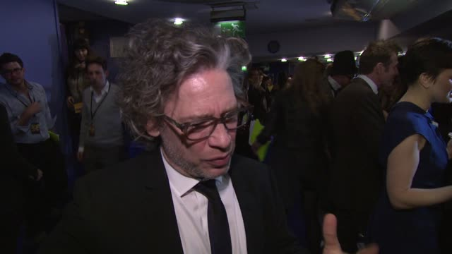 vidéos et rushes de dexter fletcher on his worries and expectations about the film at wild bill uk premiere at the cineworld haymarket on march 20, 2012 in london,... - haymarket
