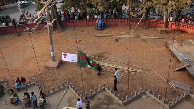 dhaka university students make national flag ahead of victory day in bangladesh. - flag of bangladesh stock videos & royalty-free footage