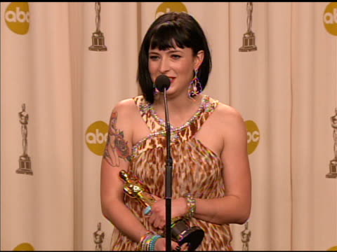 diablo cody winner of the best original screenplay award for 'juno' at the 2008 academy awards at the kodak theatre in hollywood california on... - 2008年点の映像素材/bロール
