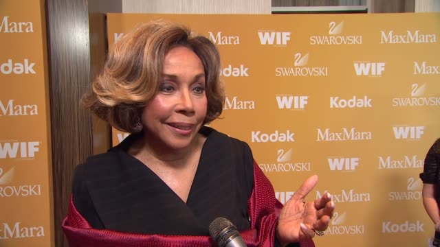 diahann carroll on why she wanted to celebrate wif supporting bonnie hammer what women are inspiring to her and how the industry has changed over the... - the beverly hilton hotel stock videos & royalty-free footage