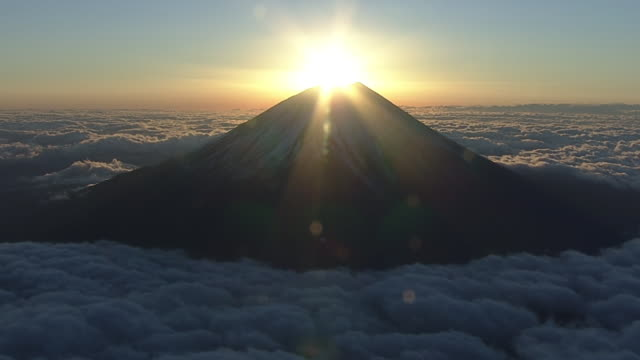 aerial, diamond fuji with year's first sunrise, japan - mt fuji stock videos & royalty-free footage