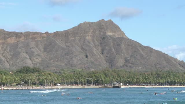 vídeos y material grabado en eventos de stock de diamond head in honolulu, hawaii - honolulu