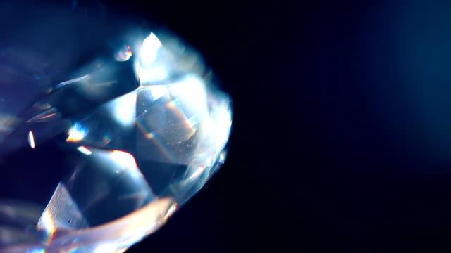 vidéos et rushes de diamond prism macro 07 - diamant pierre précieuse