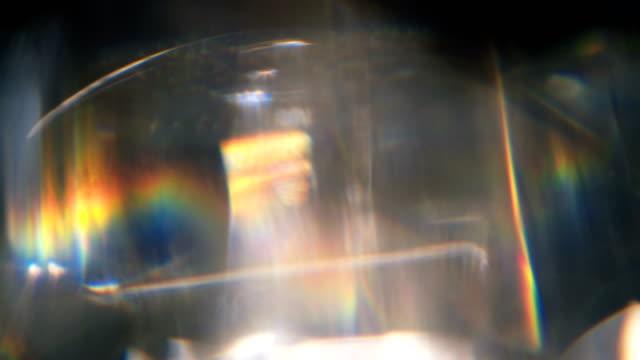 vidéos et rushes de diamond prism macro motion background - diamant