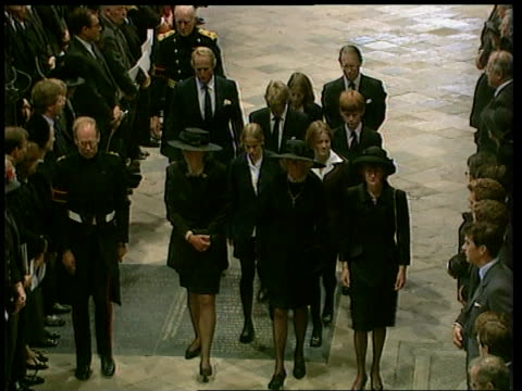 diana funeral - queen denies pressure; westminster abbey: spencer family arriving for funeral service: st james's palace: prince charles and prince... - funeral stock videos & royalty-free footage