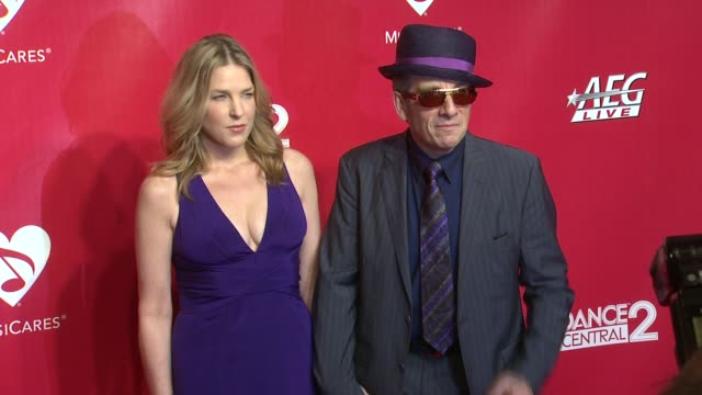 diana krall and elvis costello at 22nd annual musicares benefit gala honoring sir paul mccartney on 2/10/2012 in los angeles, ca. - elvis costello stock-videos und b-roll-filmmaterial
