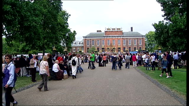 10th anniversary of death memorial service kensington gardens crowds gathered outside kensington palace floral tributes in shrine at gates to palace - shrine stock videos & royalty-free footage
