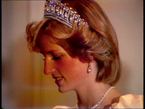 diana, princess of wales collection: part 5; spl0628 tears of a princess diana location unknown: close shot from the side of diana in tiara with... - orecchini video stock e b–roll