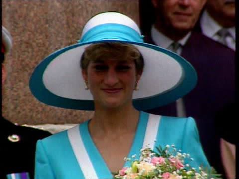 diana, princess of wales collection: part 5; t06099211 tx 6.9.1992 princess diana location unknown: diana in turquoise & white large hat and matching... - hat stock videos & royalty-free footage