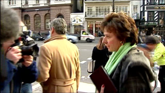 Jury see Diana letters to Duke of Edinburgh ENGLAND London PHOTOGRAPHY *** Rosa Monckton arriving at High Court for inquest