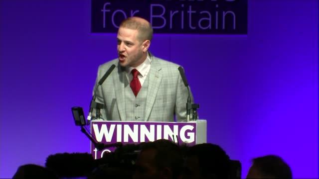 diane james elected new leader of ukip england dorset bournemouth int unidentified man announcing winner of ukip leadership contest as diane james... - diane james politik stock-videos und b-roll-filmmaterial