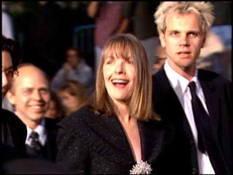 diane keaton at the screen actor's guild awards at the shrine auditorium in los angeles california on february 22 1997 - diane keaton stock videos & royalty-free footage