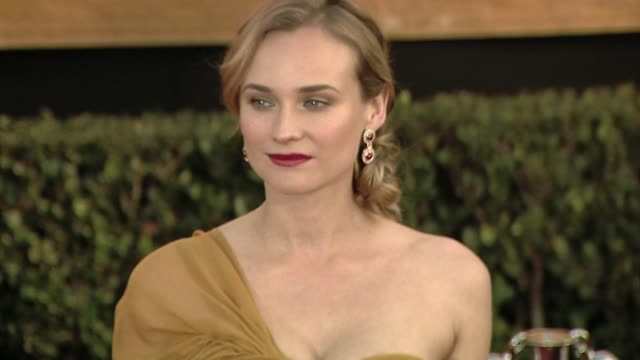 stockvideo's en b-roll-footage met diane kruger at the 16th annual screen actors guild awards arrivals at los angeles ca - screen actors guild awards