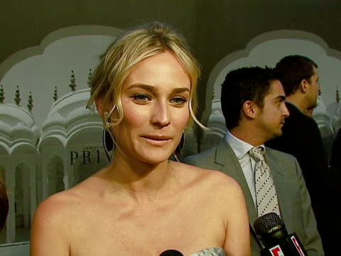 vidéos et rushes de diane kruger at the giorgio armani celebrates 'the oscars' with exclusive prive show at beverly hills california - exclusivité