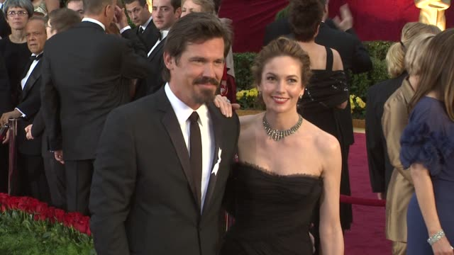 diane lane and josh brolin at the 81st academy awards arrivals part 3 at los angeles ca - ゴーティー点の映像素材/bロール
