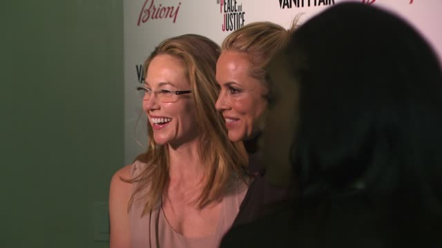 stockvideo's en b-roll-footage met diane lane , maria bello at the vanity fair and brioni host artists for peace & justice at beverly hills ca. - maria bello