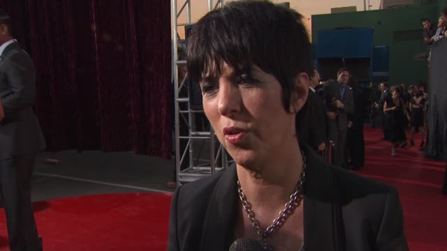 vídeos y material grabado en eventos de stock de diane warren on being nominated again on her inspiration for her song for burlesque on cher at the 16th annual critics' choice awards at hollywood ca - diane warren