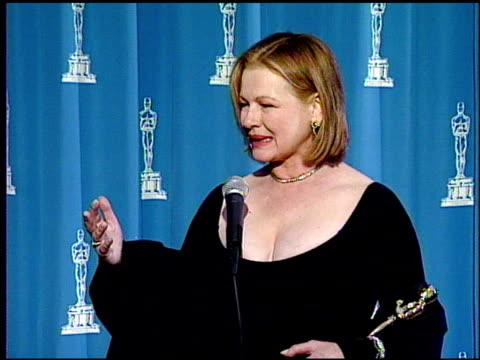 diane weist at the 1995 academy awards at the shrine auditorium in los angeles, california on march 27, 1995. - 67th annual academy awards stock videos & royalty-free footage