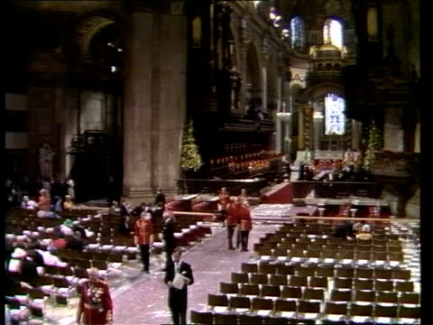 diary of the day part one st paul's gv st paul's ms interior st paul's sof organ gv interior sof organ ts vips cars in jam ms queen's escort rl - alastair burnet stock-videos und b-roll-filmmaterial
