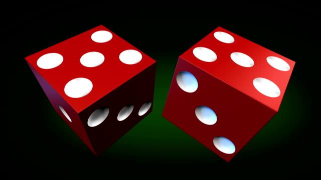 vídeos de stock, filmes e b-roll de rolinho de dados - jogo da sorte