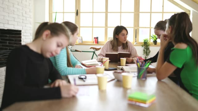 Dictation in private school