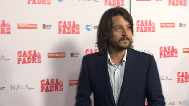diego luna at casa de mi padre los angeles premiere on 3/14/12 in los angeles ca - padre stock videos & royalty-free footage