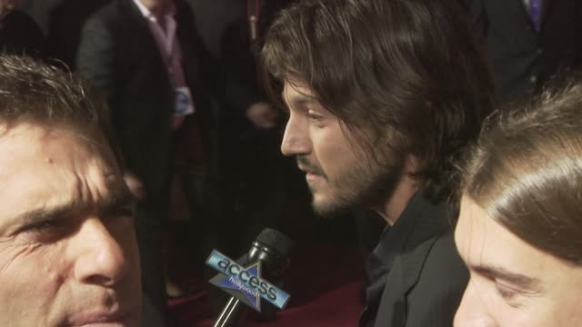 Diego Luna at the MILK premiere at San Francisco CA
