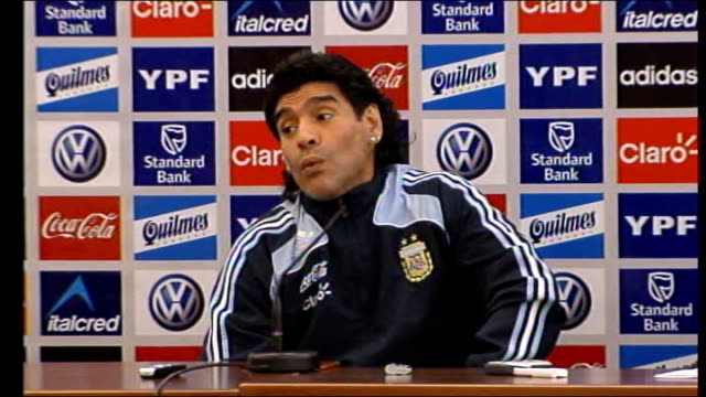 Diego Maradona tells Scotland that England should never have won the World Cup SCOTLAND Glasgow INT Diego Maradona shaking his head and making a face...