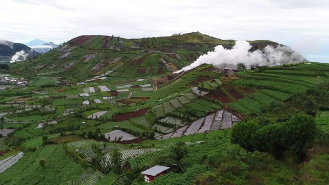 vídeos y material grabado en eventos de stock de dieng aerial landscape. - java
