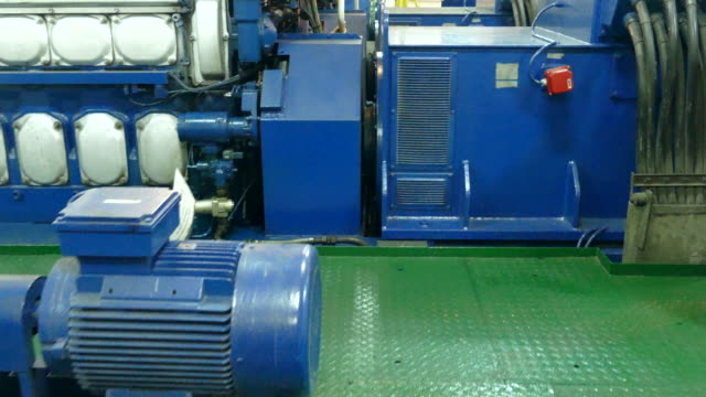 dieselmotor - generator stock-videos und b-roll-filmmaterial