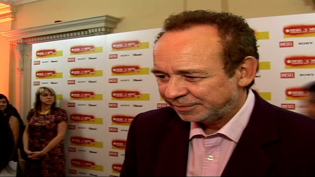 diesel-u-music awards 2006 interviews; phil manzanera interveiw sot - on the importance of the u music awards / on the music scene at the moment / on... - roxy music stock videos & royalty-free footage