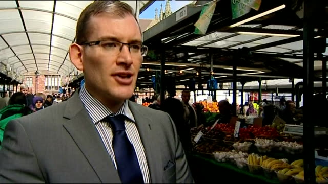 fruit and vegetable market stalls nigel penny interview england midlands birmingham ext close up shot broccoli and grapes being held nigel penny... - crucifers stock videos & royalty-free footage