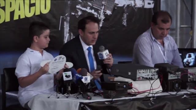 diez ninos venezolanos tuvieron un contacto con el espacio - astronomia stock videos & royalty-free footage