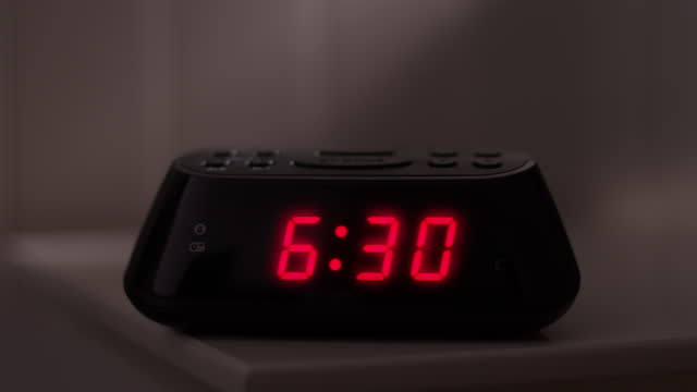 digital alarm clock, time from 6.29 to 6.30. glowing numbers. - number 6 stock videos & royalty-free footage