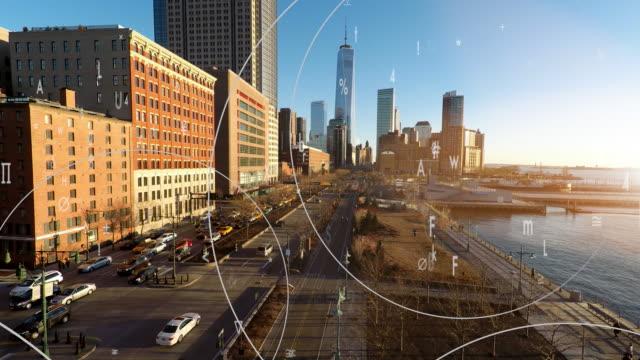 vídeos de stock, filmes e b-roll de digital data stream symbolizing global business network. financial economy growth concept background - manipulação digital