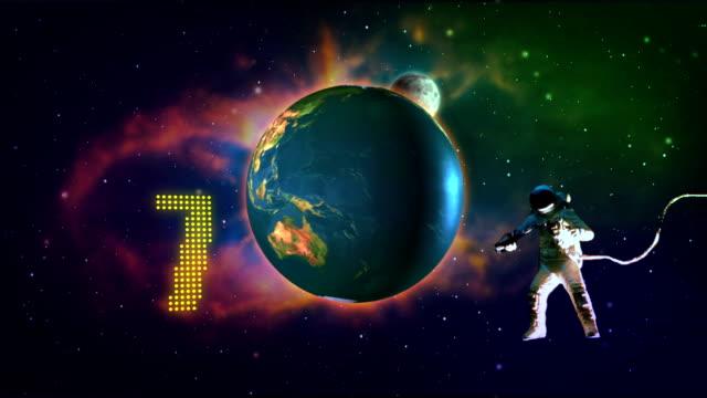 vídeos de stock e filmes b-roll de números de contagem regressiva digital no espaço - número 7