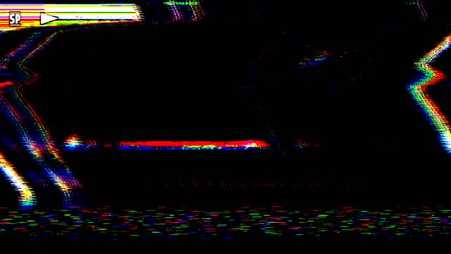 vídeos de stock e filmes b-roll de digital pixel noise glitch error video damage - videocassete
