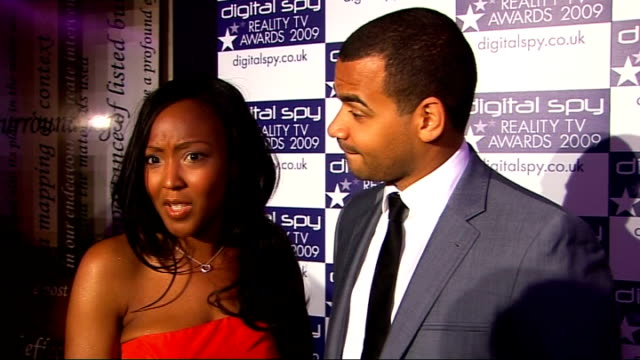 vídeos de stock, filmes e b-roll de digital spy reality tv awards; angelica bell and michael underwood interview sot - reality tv going from strength to strength - jade - who will... - angellica bell